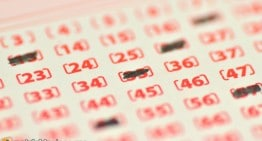 Lottery Players Better Off Letting Machine Pick Winning Numbers